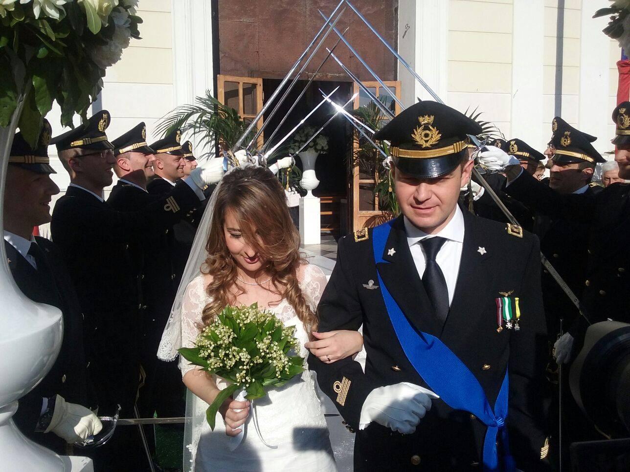 Matrimonio In Divisa Esercito : Biagio abbate ed antonella carriero si sono detti sì
