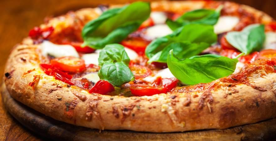 Risultati immagini per pizzerie storiche napoletane centenarie