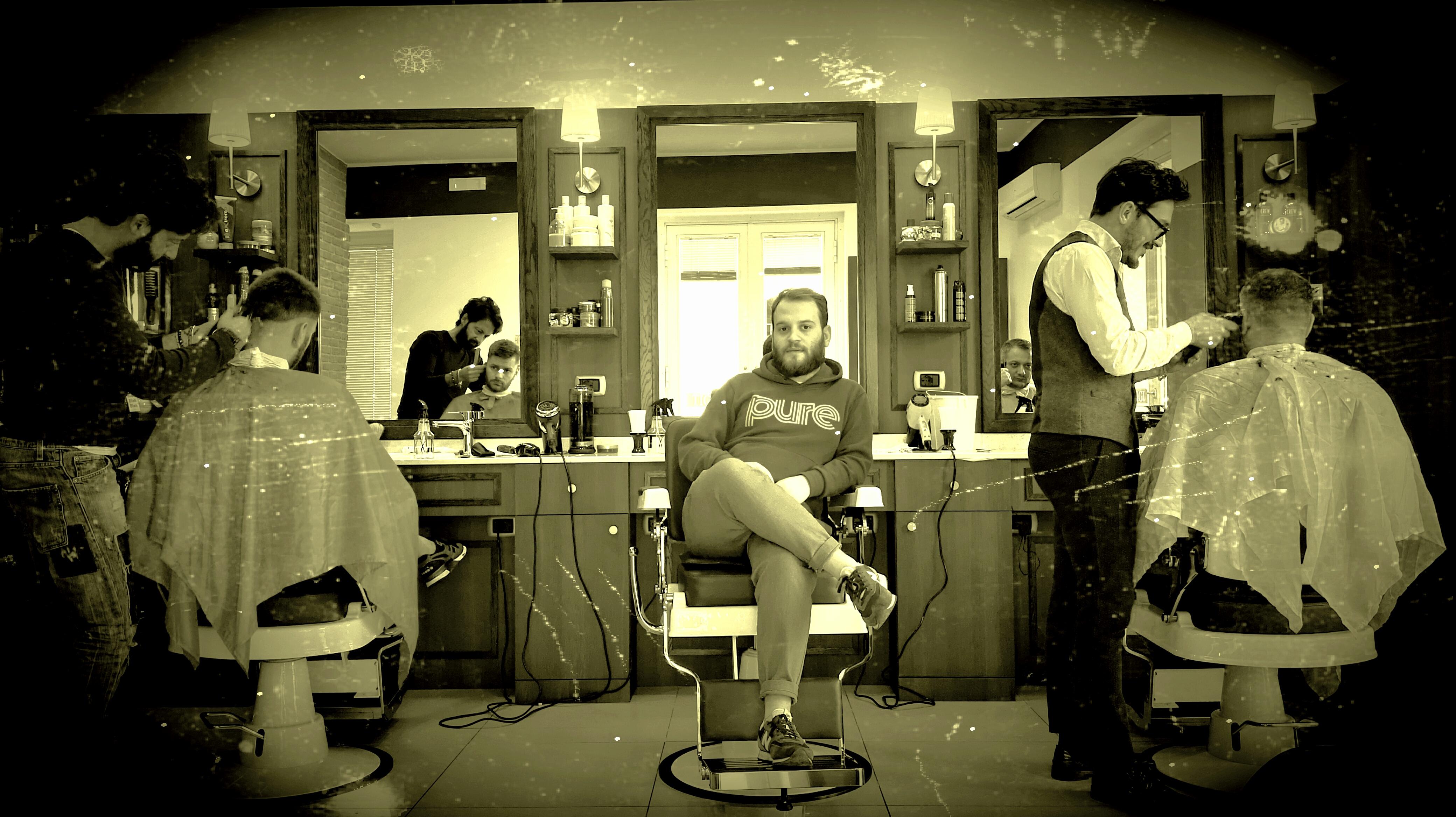 Un tour nella barberia più cool di Caivano, Head Bang