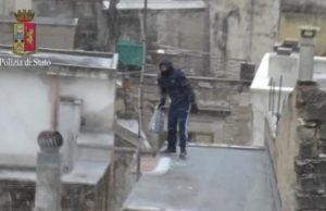 fuga sui tetti