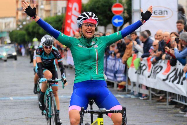 Tappa e maglia di leader assoluta per Silvia Persico a Maddaloni. Sofia Collinelli Miglior Junior